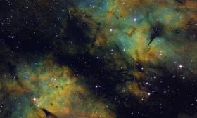 IC 1318 la nébuleuse du papillon dans la constellation du Cygne en LSHO